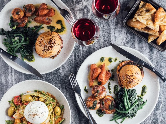 The White Hart's Easter Feast Makeaway
