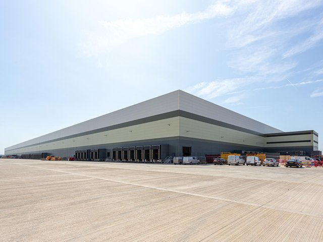 B&M Distribution Centre in Bedford
