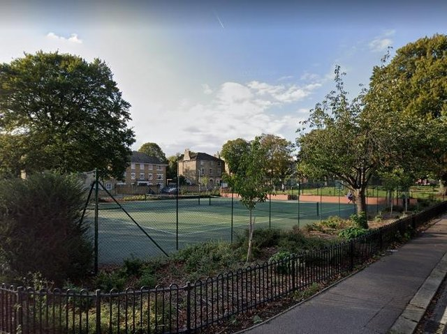 The tennis courts at Linden Road/Dynevor Road