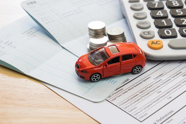 Fewer claims and fewer new drivers paying high premiums have helped bring insurance prices down
